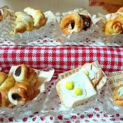 ハンドメイド/ミニチュアパン/ミニチュアフード/ミニチュアパン屋さん/ミニチュア/DIY/... 娘がミニチュアパン屋さんを製作中ヽ(*´…(3枚目)