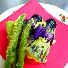 おうちごはん/天ぷら 今日の晩ご飯はアスパラとナスの天ぷら🎵