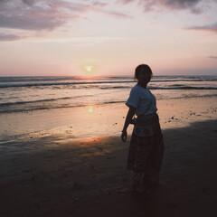 サンセット/ビーチ/夕日/海外旅行/バリ/海外/... 夕日って寂しくなるけど、趣があって好きで…