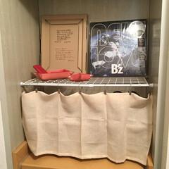 靴 収納/玄関/100均/ニトリ/ダイソー/セリア 玄関の片付け。 備え付けの靴箱に入らず出…(1枚目)