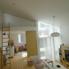 バーチカルブラインド/縦型ブラインド/傾斜窓/特殊窓/傾斜バーチカルブラインド blogは変形カーテンのお話です。 詳し…