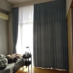 高いカーテン/メゾネット/遮光/明るい 遮光2級の商品です。 けっこう明るく感じ…