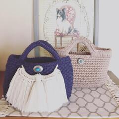 秋コーデ/編み物大好き/シナモン/マクラメ/毛糸/ズバマルシェバック/... 最近編んだマルシェバッグ♡ 紺色は毛糸で…