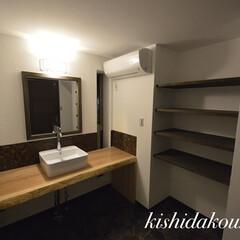 部屋干しアイテム/消臭効果/お洒落インテリア/マイホームが欲しい/マイホーム購入計画/自然素材の家/... 洗面室で干して収納できる手づくり衣類棚。…(1枚目)