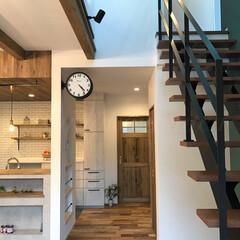 かわいい家/おしゃれなインテリア/無垢の床/無垢の扉/キッチン雑貨/両面時計/... 憧れだったダルトンの両面時計をキッチンに…