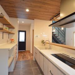フロアタイル/飾り棚/可愛いお家/施工事例/タッチレス水栓/トリプルIH/... 使いやすさ抜群!可愛いキッチン。  ☆3…(2枚目)