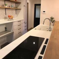 フロアタイル/飾り棚/可愛いお家/施工事例/タッチレス水栓/トリプルIH/... 使いやすさ抜群!可愛いキッチン。  ☆3…(1枚目)