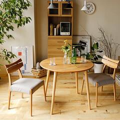 ダイニング/食卓/テーブル/円形/ナチュラル/北欧テイスト/... 木目が綺麗なアルダー材とカバーリング仕様…