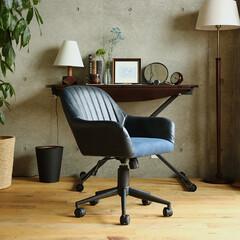 インテリア/チェア/椅子 /書斎/テレワーク/在宅勤務 使い込まれたかのような味わい深い雰囲気を…