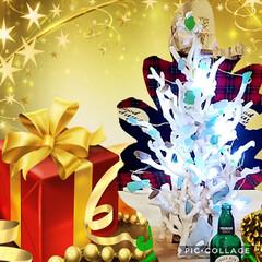 クリスマスツリー/サンゴ/シーグラス/DIY/ハンドメイド/住まい サンゴとシーグラスのクリスマスツリーイル…
