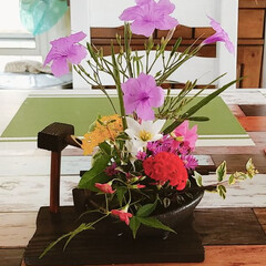 生け花 おはようございます。 今週の生け花(#^…