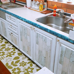 夏バージョン/ホワイト/塗装/kitchen/DIY/住まい 休日DIYを楽しんでます😊🎶🔨 夏に向け…