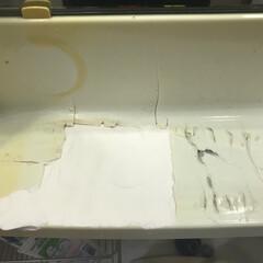 修理/ひび割れ/洗面所/DIY/100均/セリア/... 洗面台の化粧台にヒビが入っていたのを放置…