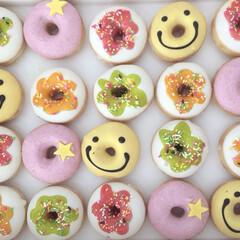 クリスピークリームドーナツ/ドーナツ/可愛い/甘い物/sweets/デコレーション/... クリスピークリームドーナツ🍩 可愛い(*…