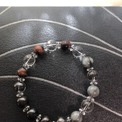 ブレスレット好き/カッコいい/数珠/ブレスレット好きな人/作業部屋/ハンドメイド/... 趣味でブレスレット製作をやってます。ぼち…(2枚目)
