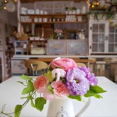 テーブルに花を...♪*゚/DIY女子/手作りインテリア/カフェ風インテリア/ナチュラルインテリア/花のある暮らし/... おはようございます🎵 長女の大学受験が終…