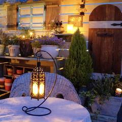 キャンドル/ガーデンライト/夜のガーデン/ルーフバルコニー/小屋/花のある暮らし/... キャンドルを灯すと 夜のガーデンは、ガラ…