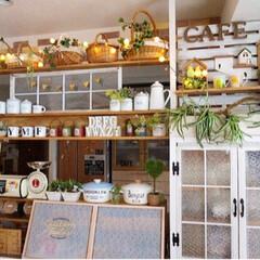 カフェ風インテリア/ナチュラルインテリア/飾り棚DIY/キッチンカウンター/キッチン/ディアウォール/... 手作りのキッチンカウンターの飾り棚✨クリ…