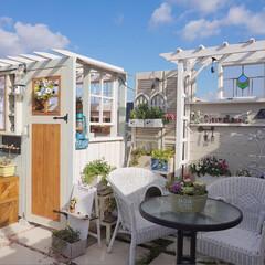 手作り小屋/ガーデニング/花と緑のある暮らし/手作りガーデン/ベランダガーデニング おはようございます☀️ picとは、まっ…