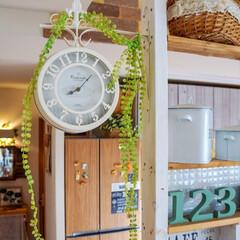 両面時計/キッチンリメイク/食器棚リメイク/冷蔵庫リメイク/カフェ風インテリア/ナチュラルインテリア/... ☆。.:*・゜ おはようございます🎶…
