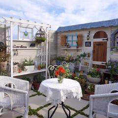 ガーデンテーブル/小屋風/ガーデニング/手作りガーデン/ベランピング ベランピングに憧れて、テーブルクロスやお…