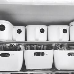 吊り下げ収納/キッチンインテリア/キッチン周り/キッチン雑貨/モノトーン/towerシリーズ/... 狭いスペースをなんとかスッキリしたくてモ…(2枚目)