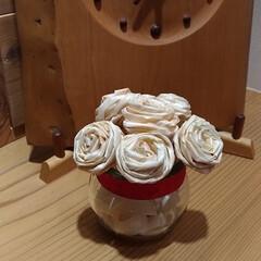 ひのき/桧/ヒノキ/かんなくず/カンナくず/フラワーアレンジメント/... ひのきのかんなくずで作ったお花は色味が無…