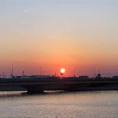 風景 昨日の夕陽 とっても綺麗でした😊 いろん…
