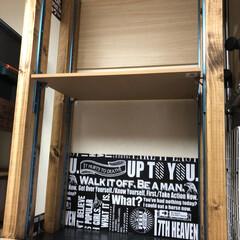 可変棚/物置部屋/地震対策/棚/フォロー大歓迎/ハンドメイド/... 先日、仮組みした物置部屋の突っ張り棚。B…