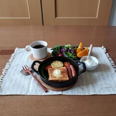 LIMIAごはんクラブ/おうちごはんクラブ/わたしのごはん/わたしの幸せごはん スキレットを使って朝ごはん😊  小さな食…
