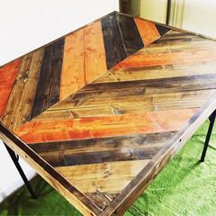 テーブル/ヘリンボーン柄/ヘリンボーン/アンティーク/ヴィンテージ/リメイク/... ヘリンボーン柄のリビングテーブルをDIY…