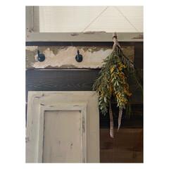 リメイク/フック/漆喰風/ミルクペイントforウォール/アンティーク風/DIY ガーレジセールで購入した板を リメイク。…