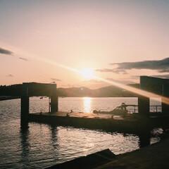 景色最高 釣りに行ったら綺麗な夕日に見惚れました^…