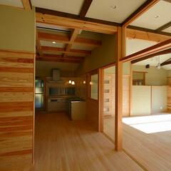 無垢材/珪藻土/開放感 無垢材をふんだんに使用し、壁・天井に珪藻…