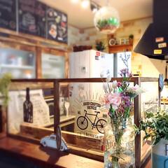 花のある暮らし/花のある生活/bloomeelife/カフェ風キッチン/カフェ風インテリア/キャンドゥ/... 関東、台風一過で猛暑です😓 今週後半には…
