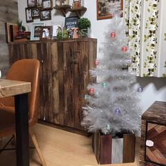 折り畳み式/鉢カバー/ツリーカバー/クリスマス/クリスマスツリー/DIY/... セリアの木材で クリスマスツリーカバーを…
