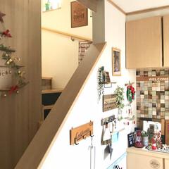 クリスマス/流木ツリー/玄関/フォロー大歓迎/DIY/ハンドメイド/... クリスマスバージョンの玄関です✨