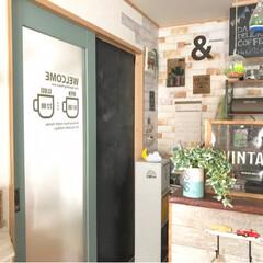 引き戸/カフェ風インテリア/楽天市場/ポイントで購入/ウォールステッカー/サンサンフー/... こんばんはー⭐️ ずーっとこのドアに貼ろ…