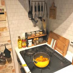 子どもとDIY/かぼちゃの煮物/冬至/おうち/おうちごはん/DIY/... 冬至なので、カボチャ煮てます😃 子供達は…