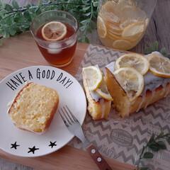 おうちカフェ/ティータイム/手作りおやつ/おやつ/レモンシロップ/レモンティー/... レモンシロップのレモンを使ってケーキを作…