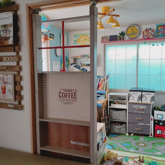 カフェ風インテリア/チェストリメイク/障子リメイク/学習机/有孔ボード/すのこリメイク/... リビングと和室の子供部屋の間にパーテーシ…(2枚目)