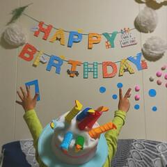 誕生日飾り付け/誕生日ケーキ/誕生日 昨日は息子の7歳のbirthday☆ ケ…