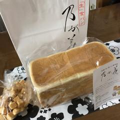 乃が美/1カルビ/LIMIAごはんクラブ/LIMIAおでかけ部/フォロー大歓迎/わたしのごはん/... 昨日念願の乃が美の生食パン 買って来まし…