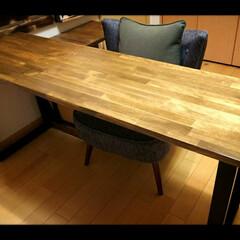 テーブル/DIY/家具/住まい オイルステインで塗ったパイン集成材を天板…
