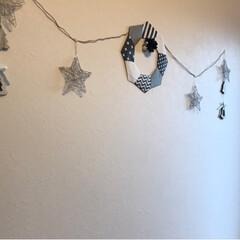 リース/クリスマス/玄関/モノトーン/100均/ダイソー/... 玄関の飾り少し足しました♪(2枚目)