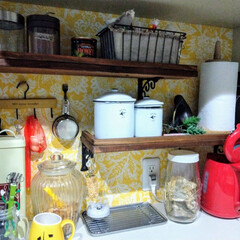 studioCLIP/セリア/キャンドゥー/ダイソー/100円雑貨/シンコール/... キッチンの背面収納です。 例によってここ…(1枚目)