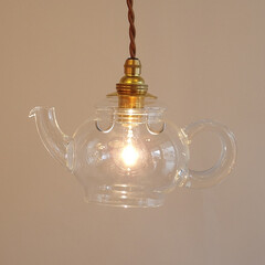 ティーポット/ガラスのペンダント/ガラス照明/HARIO/不思議な国のアリス/カフェ/... アラジンの魔法のランプのような照明です。…