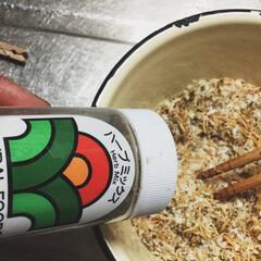 うちの定番料理 ⌘豚の香草焼きとガルバンゾスープ ガルバ…(5枚目)