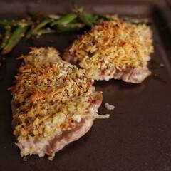 うちの定番料理 ⌘豚の香草焼きとガルバンゾスープ ガルバ…(2枚目)