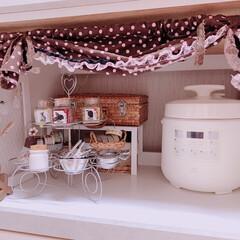 タマゴケース/マステ/ラッピング材/トランク/ミニバスケット/ブリキトレー/... キッチン棚をおめかししてみました❣️  …